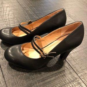 Juicy Couture Ladies 9 Black Heels